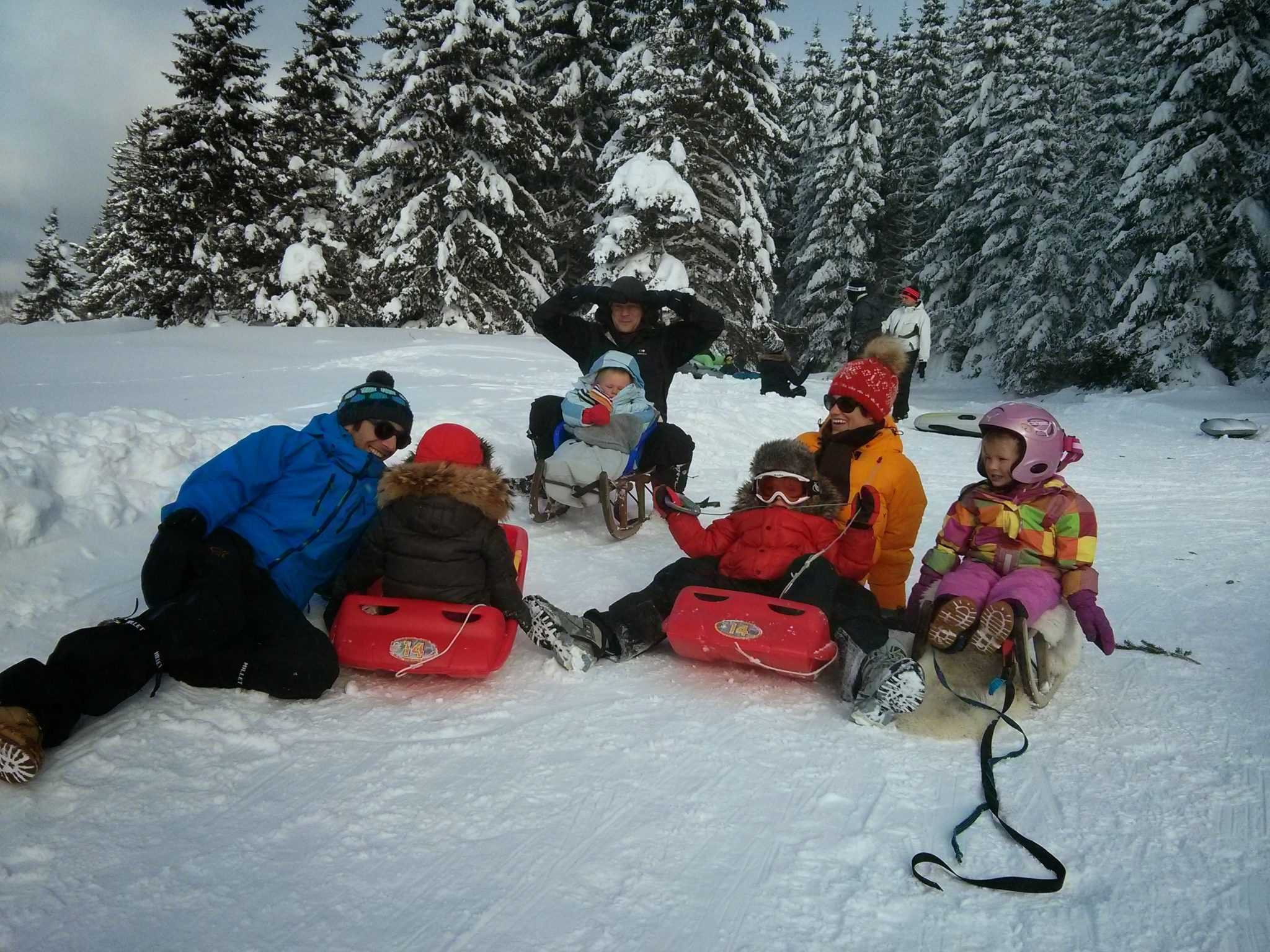 Sleds and snowplay at Col du Marchairuz